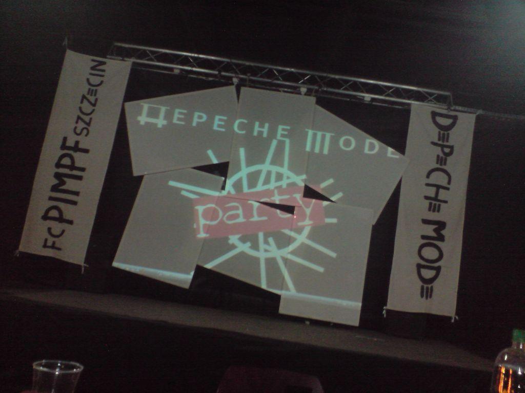 2009.04.04 Depeche Mode Party